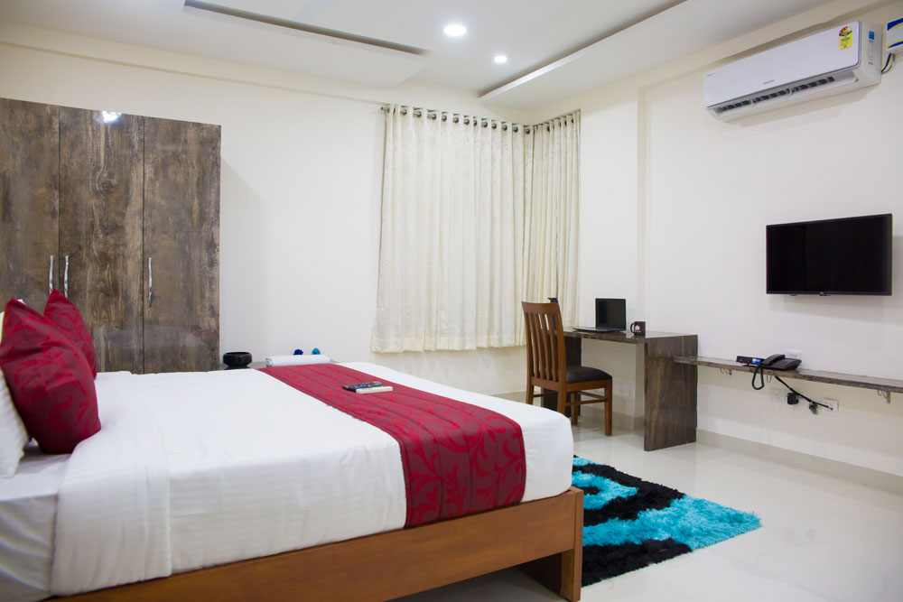 Executive Rooms - Jubilee Hills, Road No. 50, Lotus Pond