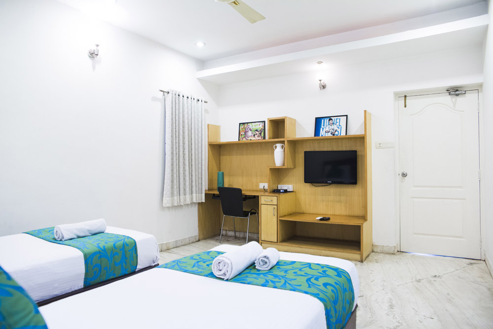 Executive-Room-Banjara-Hills-Road-No-13-Opp-Karachi-Bakery-2.jpg