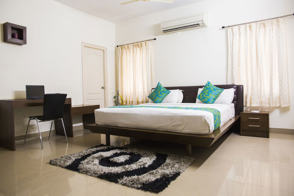 banjara-hills-city-central-mall-executive-room-3.jpg