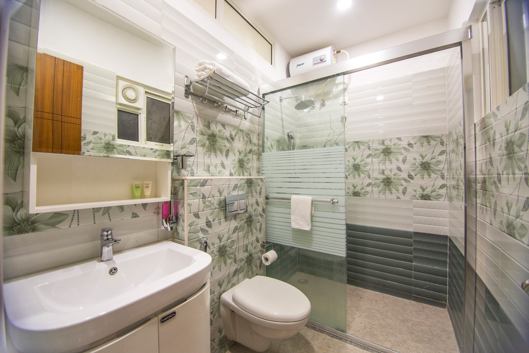 skyla-service-apartment-hyderabad-banjara-hills-bluefox-restaurant-3bhk7.jpg