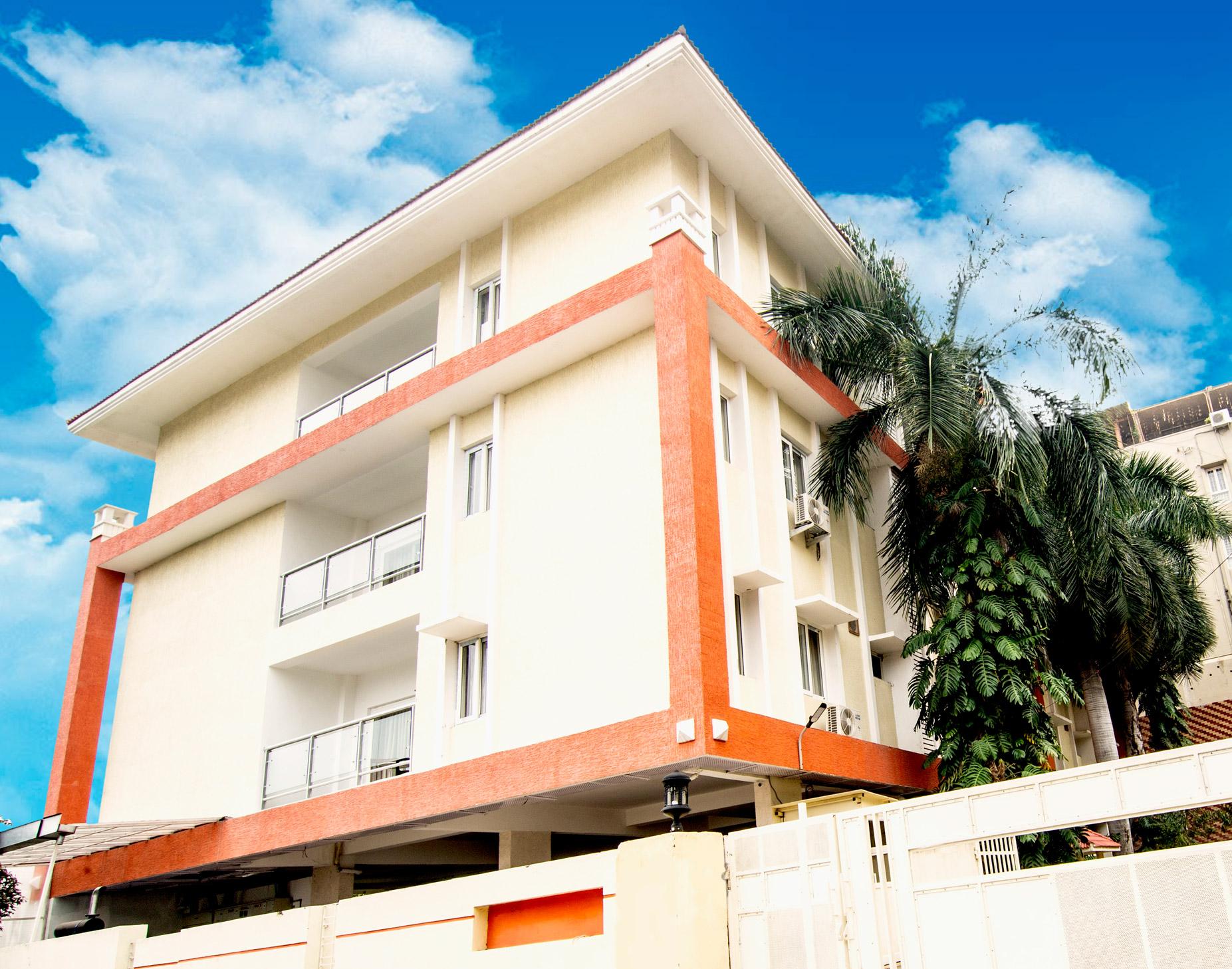 skyla-service-apartment-hyderabad-banjara-hills-bluefox-restaurant-executive7.jpg