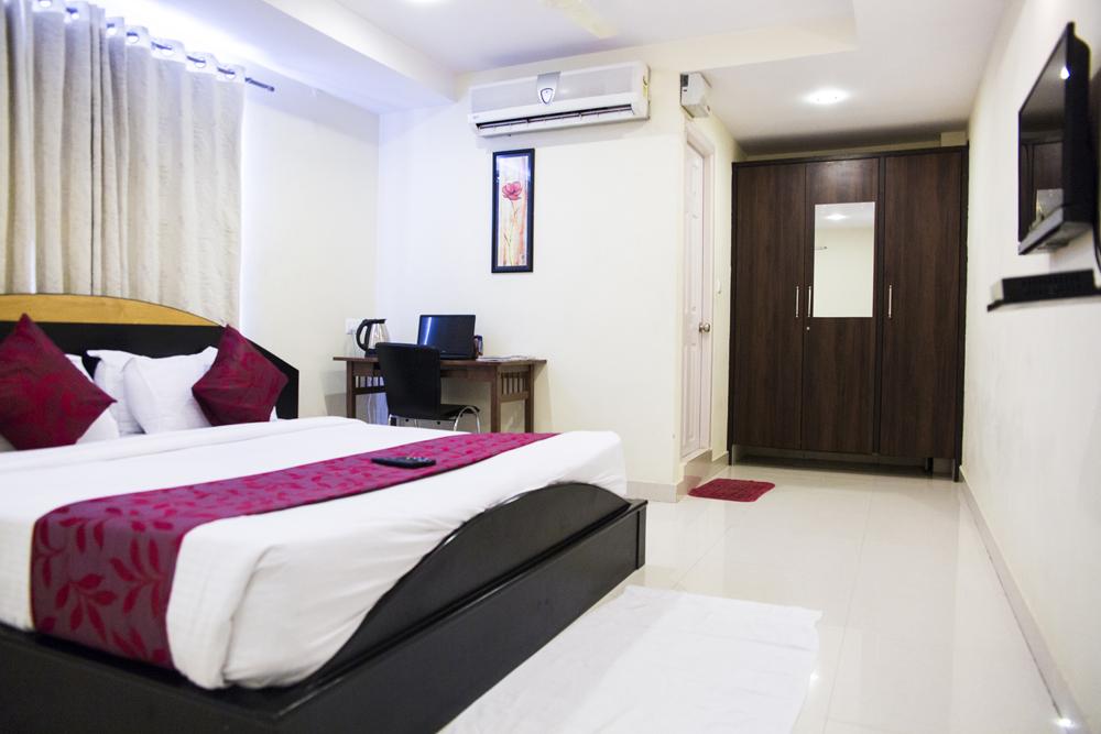 skyla-service-apartment-hyderabad-gachibowli-executive2.JPG