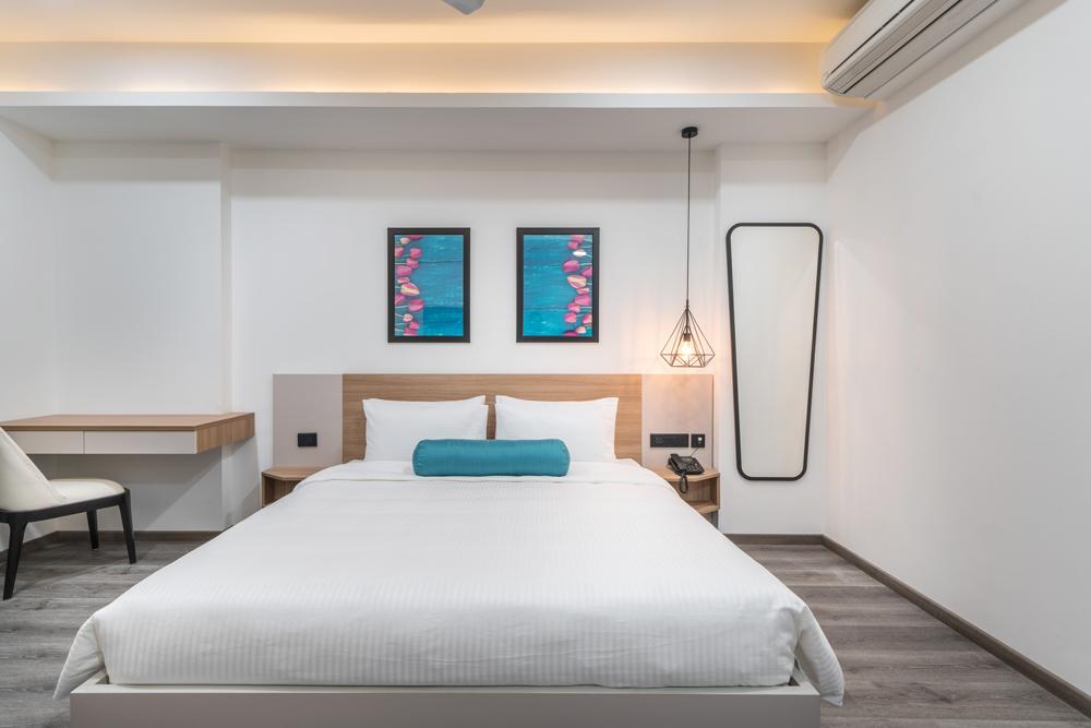 skyla-serviced-suites-kitchen-balcony1.jpg