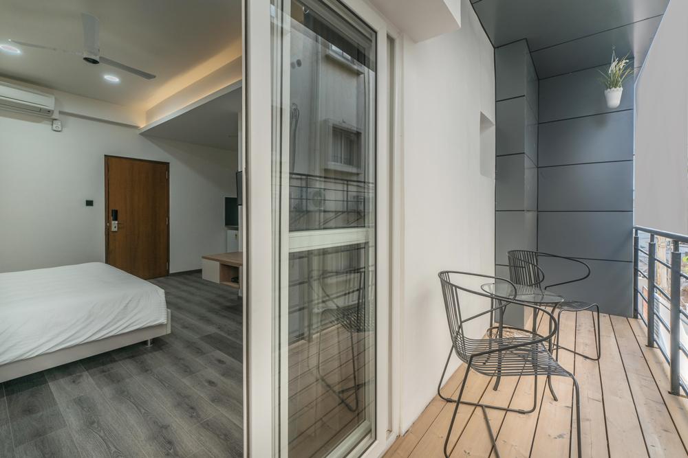 skyla-serviced-suites-kitchen-balcony3.jpg