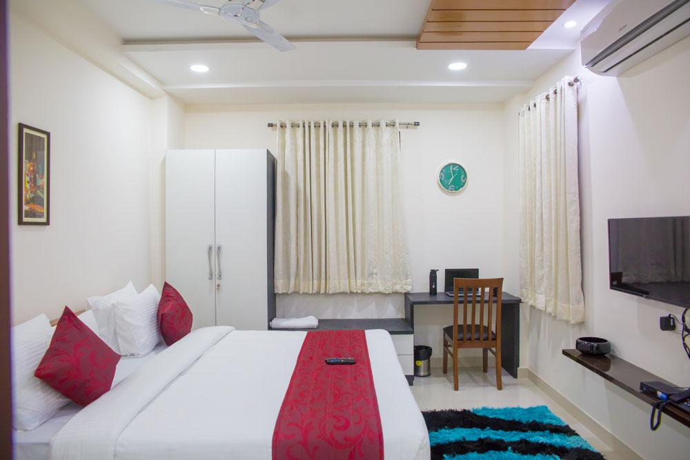 skyla_service_apartments_hyderabad_jubileehills_banjarahills_lotuspond_3bhk3.jpg